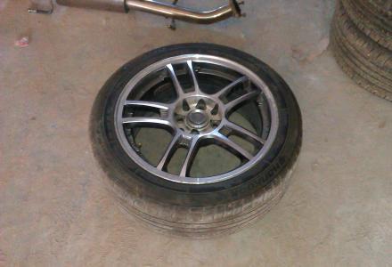 出售改装钢圈及轮胎16寸的.适合三菱菱悦V3嘉年华雨燕自由舰蓝瑟