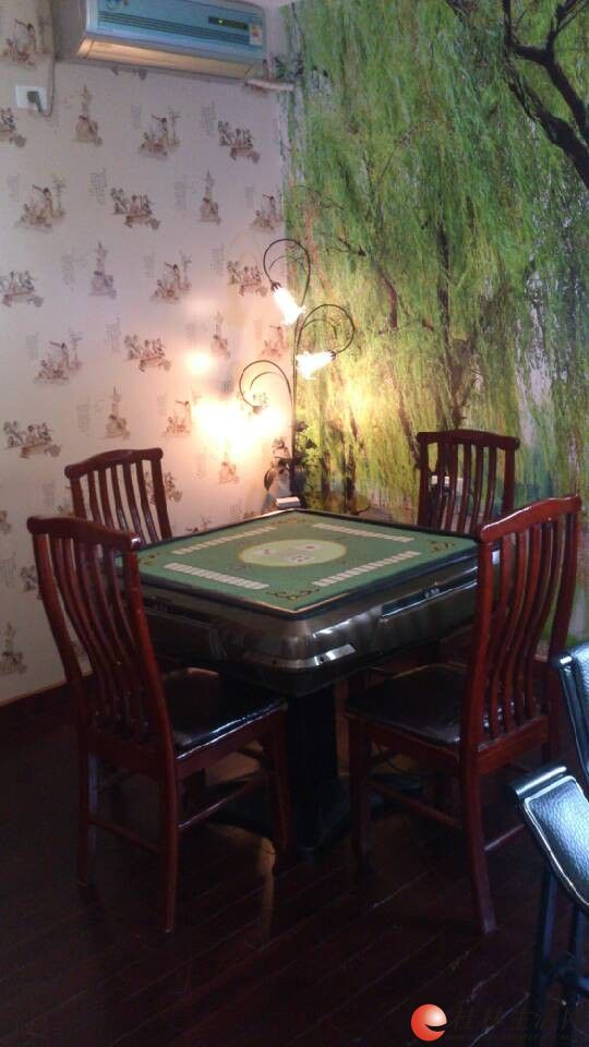 别墅私人会所位于桂林市象山区翠竹路23号翡翠山庄小