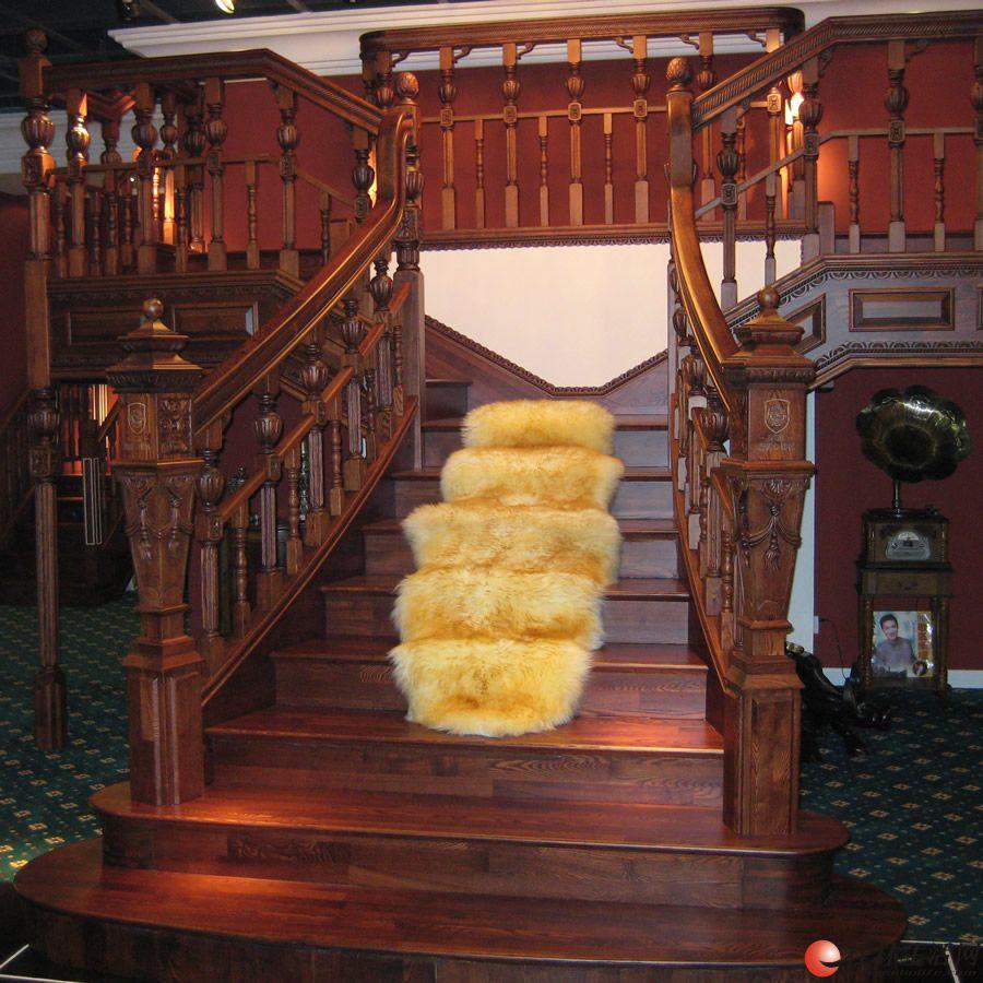 详细信息                 本店重新升级装修所有的实木进口品牌楼梯