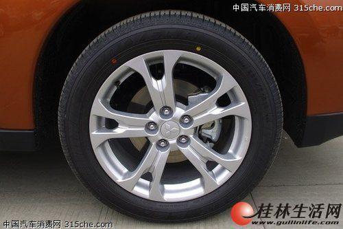 二手轮胎低价甩卖了