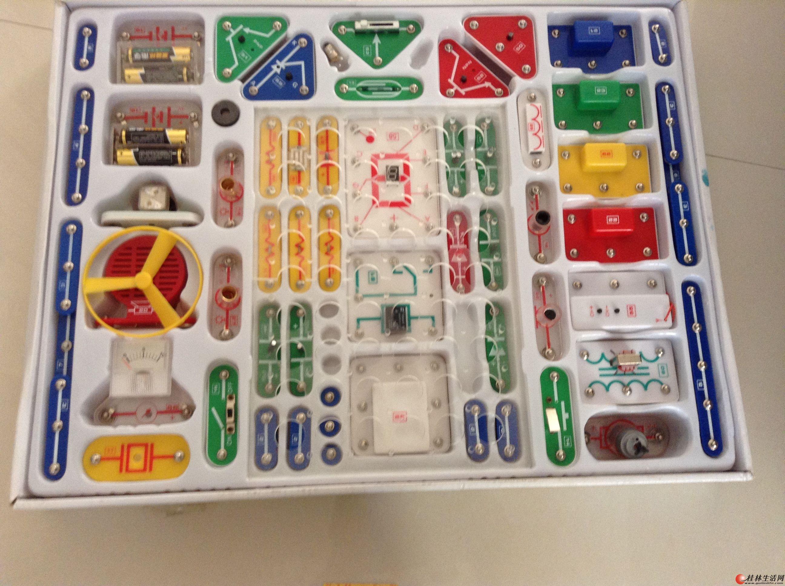 出售电子积木,直升飞机 - 益智玩具 - 桂林二手市场