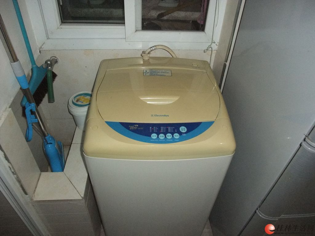 出售自家用伊莱克斯全自动洗衣机(不锈钢内桶)一台