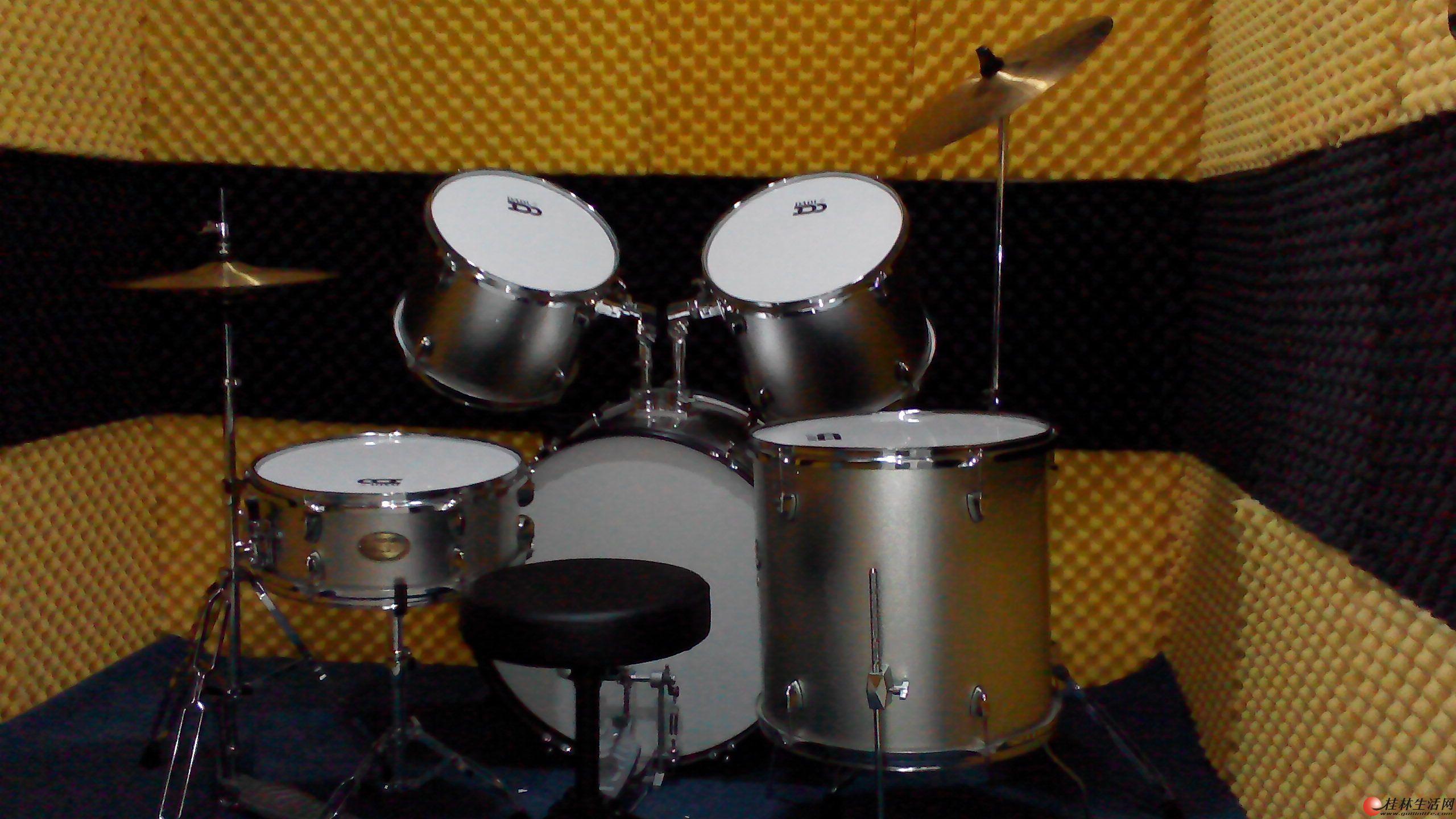 电子琴,架子鼓