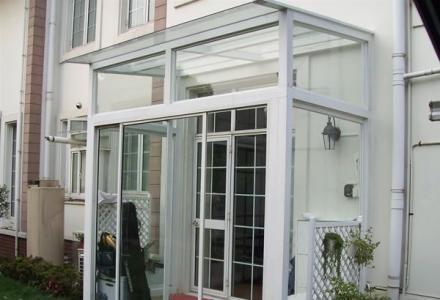 阳光房专业制作安装。