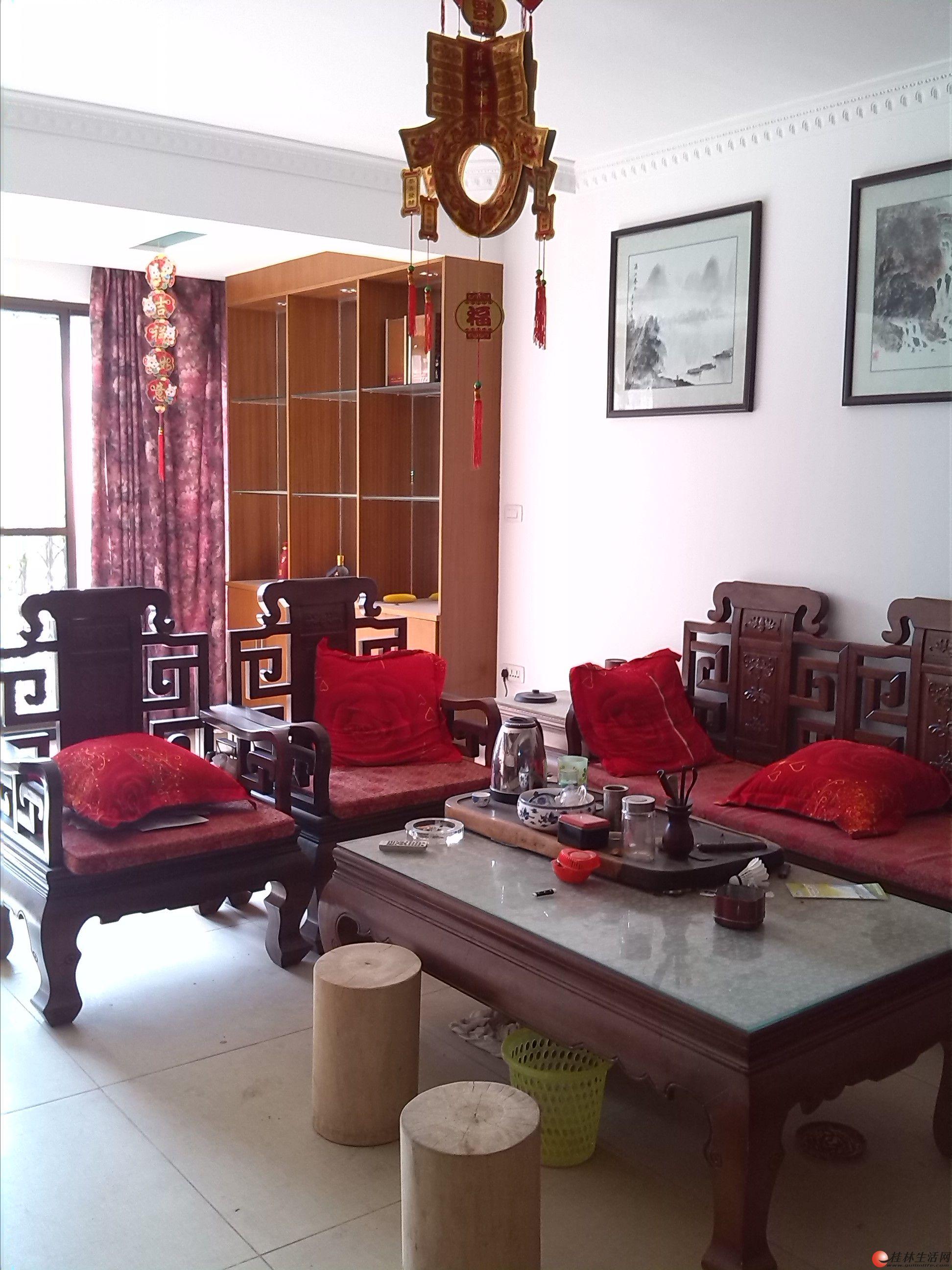 汇景东城 豪华装修 3房2厅2卫 高档家具家电 拎包入住 很温馨的房子