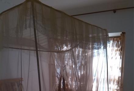 汇景东城 豪华装修 3房2厅2卫 高档家具家电 拎包入住 2500元每月