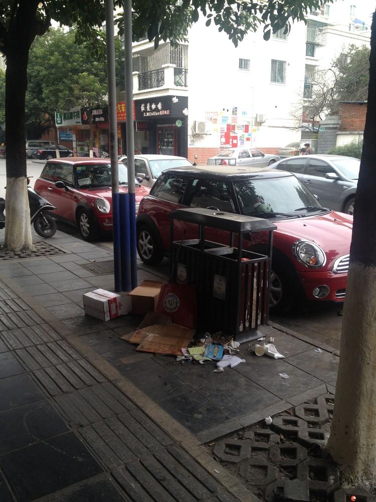 换车出售泡妞神器05年宝马MINI,里外8成新。
