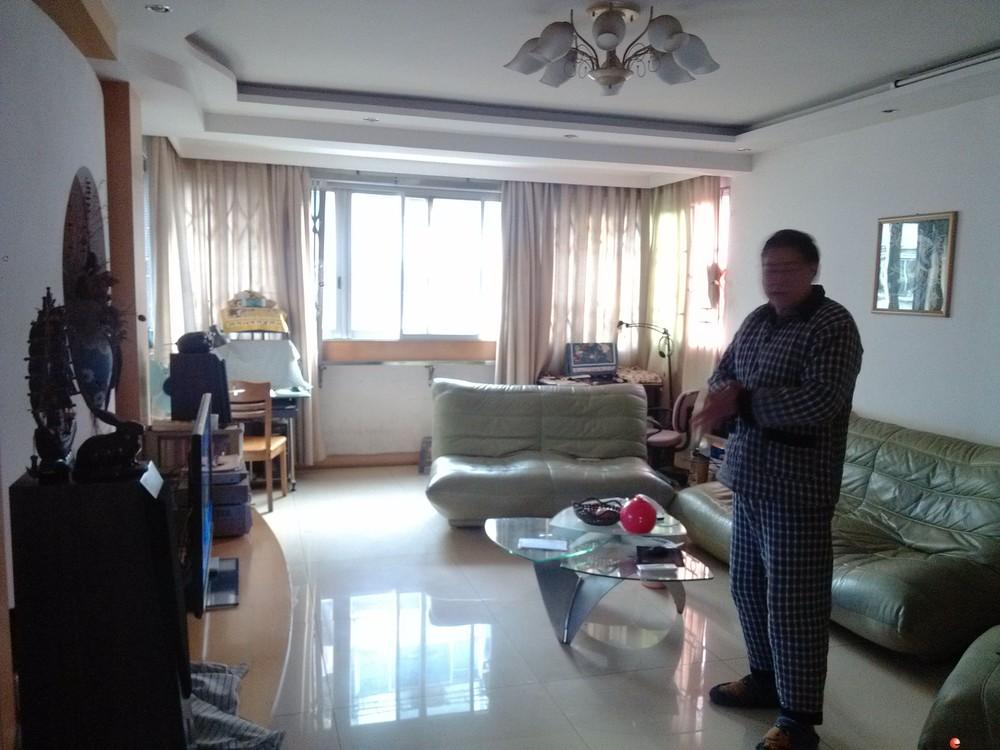 稀缺3房!YX象山区 彰泰桂青园3房2厅2卫 127平米 黄金3楼 85万 2003年