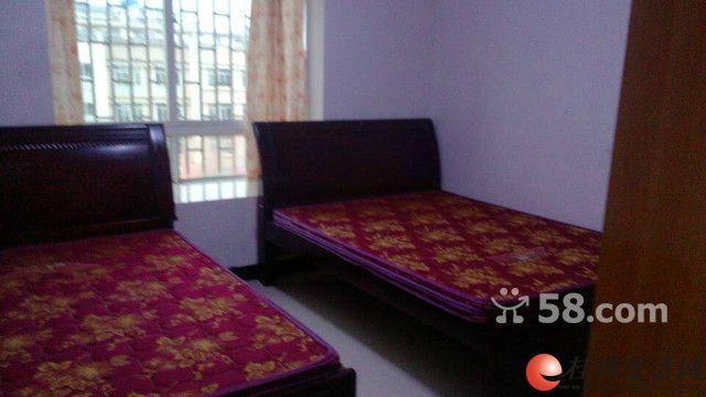哇晒!上东国际3室2厅120平米精装修家电家具齐全1800元