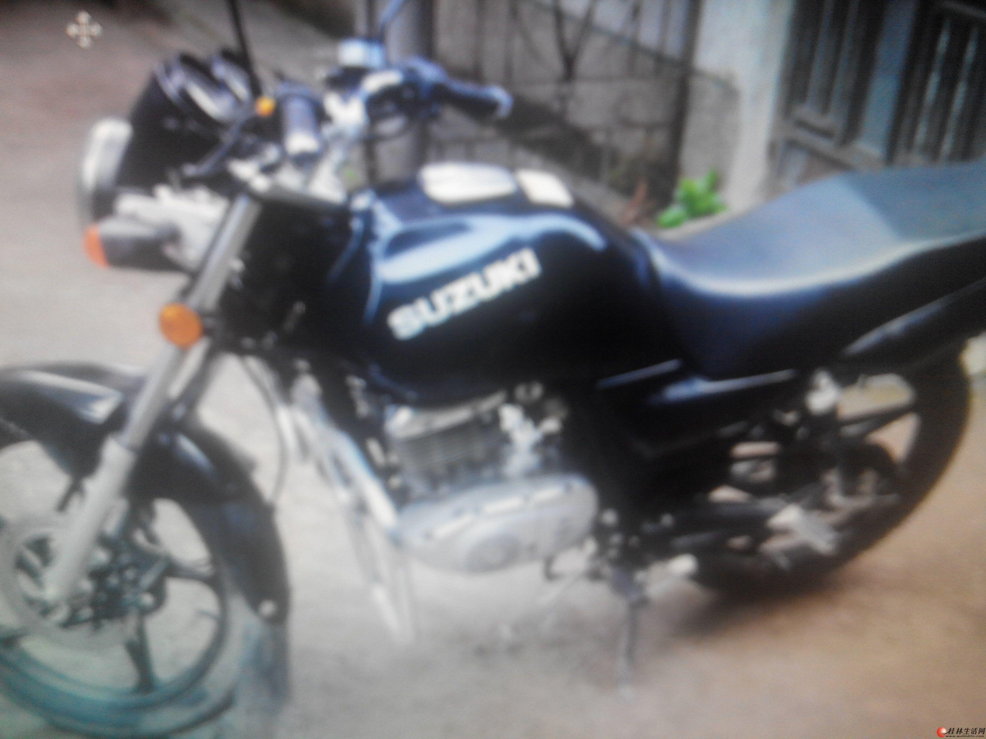 铃木锐爽摩托车125