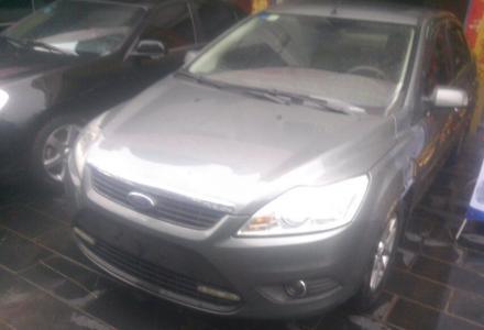 2010款1.6L自动高配福特福克斯