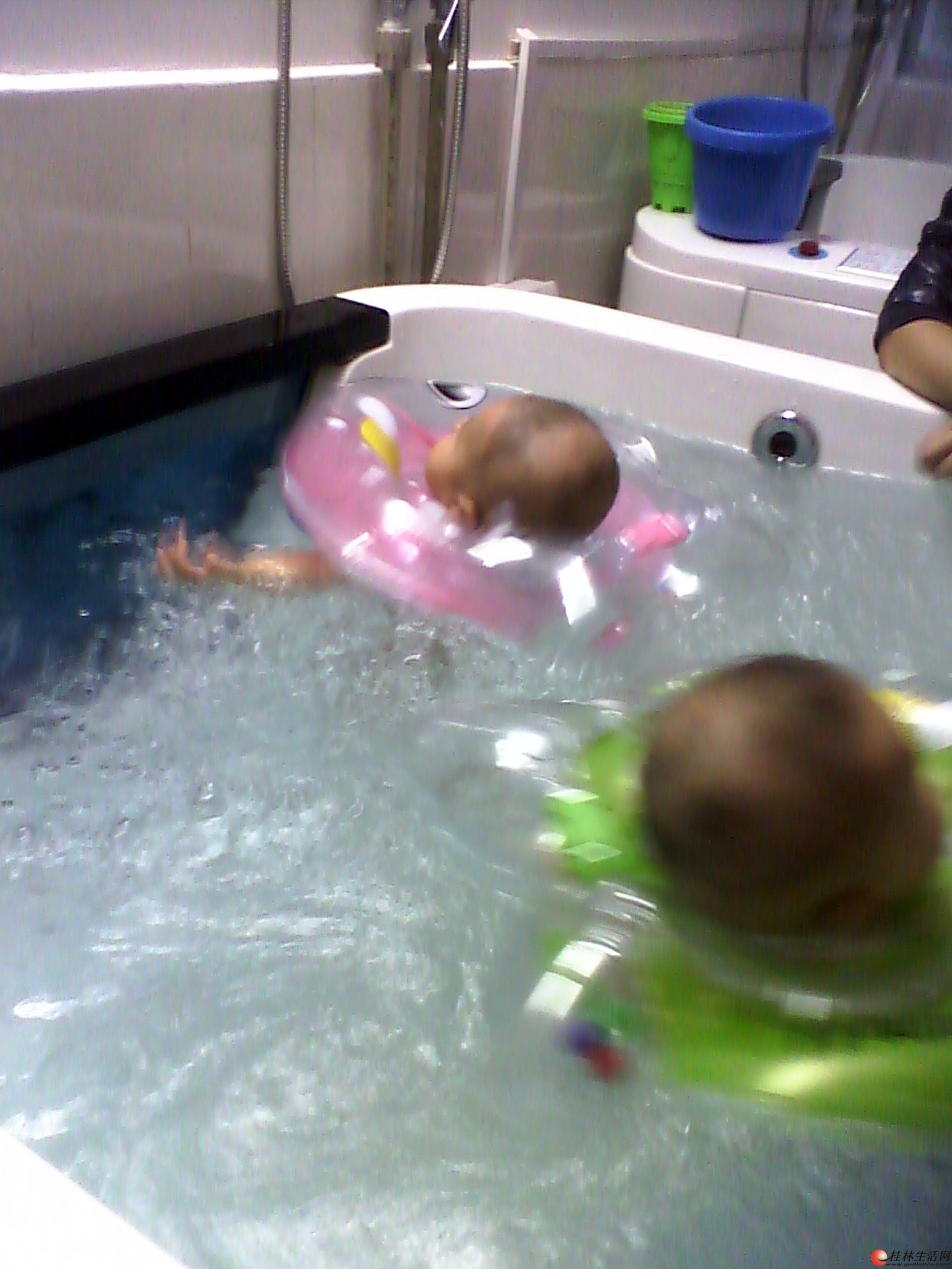 小时候婴幼儿水疗spa