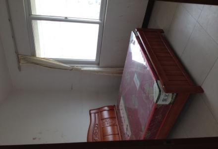 兴进嘉园5房!最便宜复式楼 家具家电齐全有空调 拎包入住 1600块