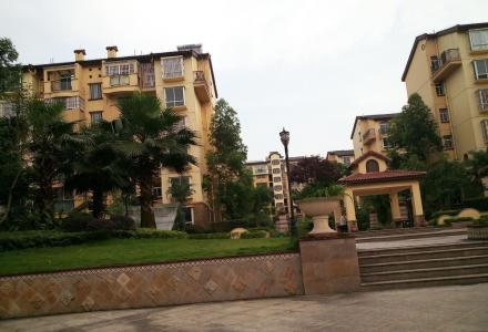 联达山与城 精装2房2厅 80㎡ 全新房出租 1500/月 直接带走