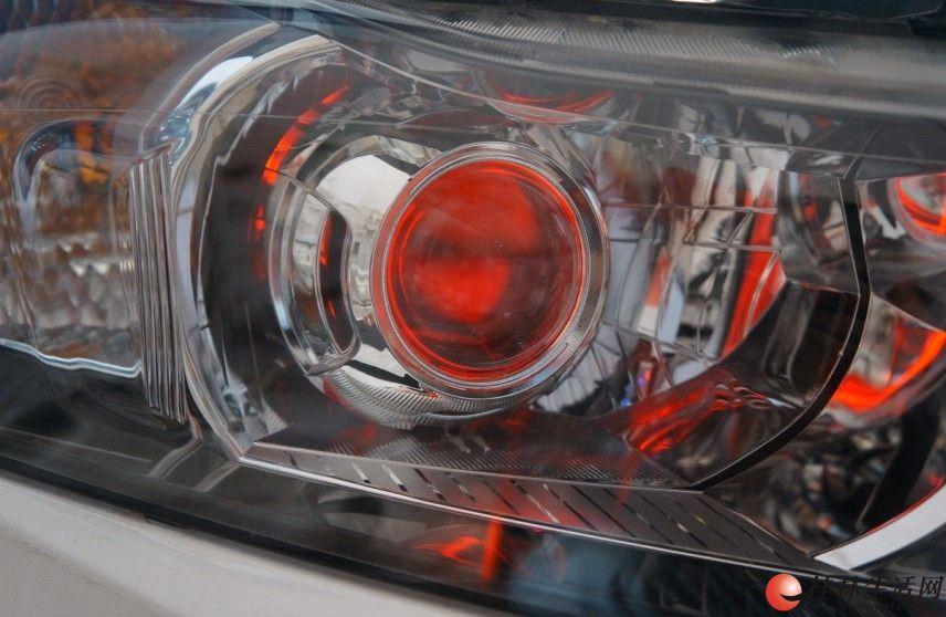桂林改灯 善待爱车改装雪弗兰科鲁兹升级q5红恶魔眼高清图片