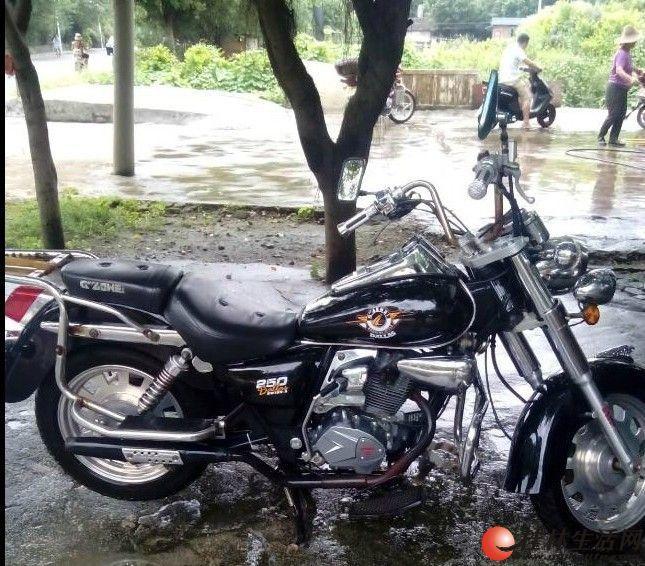 摩托车 哈雷/出售哈雷太子摩托车 建设国威太子摩托车 车龄2年,发动机没修过...