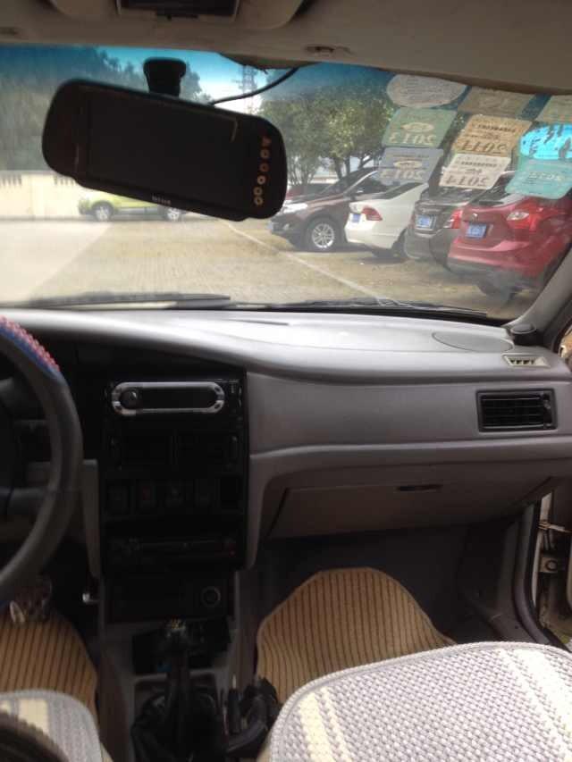 99年大众2000私家车转让 不是下线的出租车 本车没有报废期的高清图片