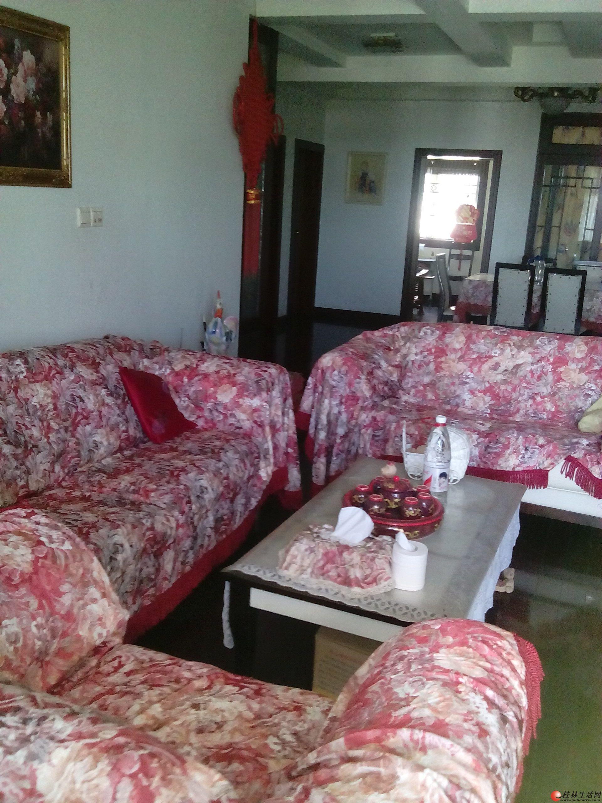 七星花园紫竹苑,4房2厅2卫,7楼,150平米,精装修,4台空调,家电高清图片