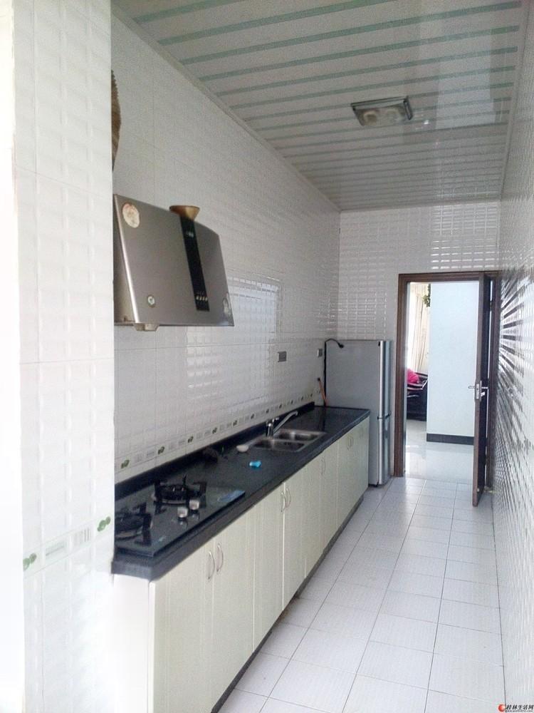 桂林八里街房屋130平米出租