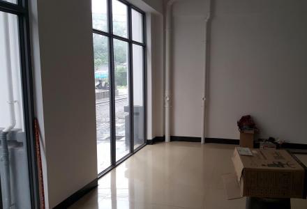 香格里拉大酒店旁,漓江郡府,上虞山桥,1层共80平门面