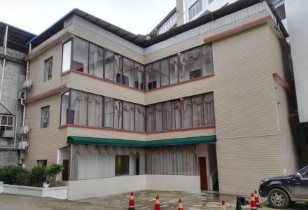 秀峰区政府附近三层写字楼整体出租
