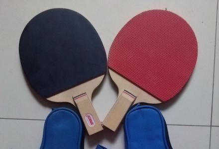 红双喜乒乓球拍,威克多羽毛球拍出售