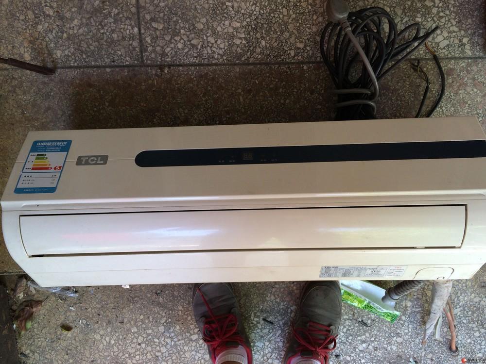 出售一台tcl空调.1.5匹