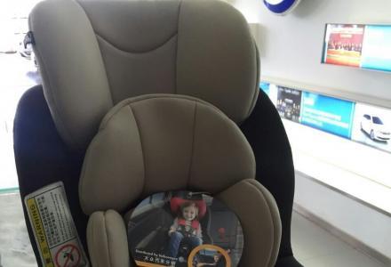 全新大众途观儿童座椅原价4000多元的,现在转让只要1200元