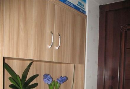 低价急售八里街骨科医院对面精装白领公寓,地段好,生活便利!