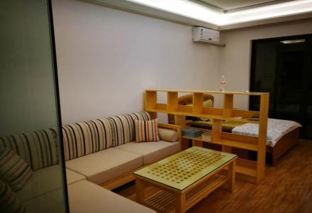 桂林万达广场全家电全实木家具精装修万达公寓
