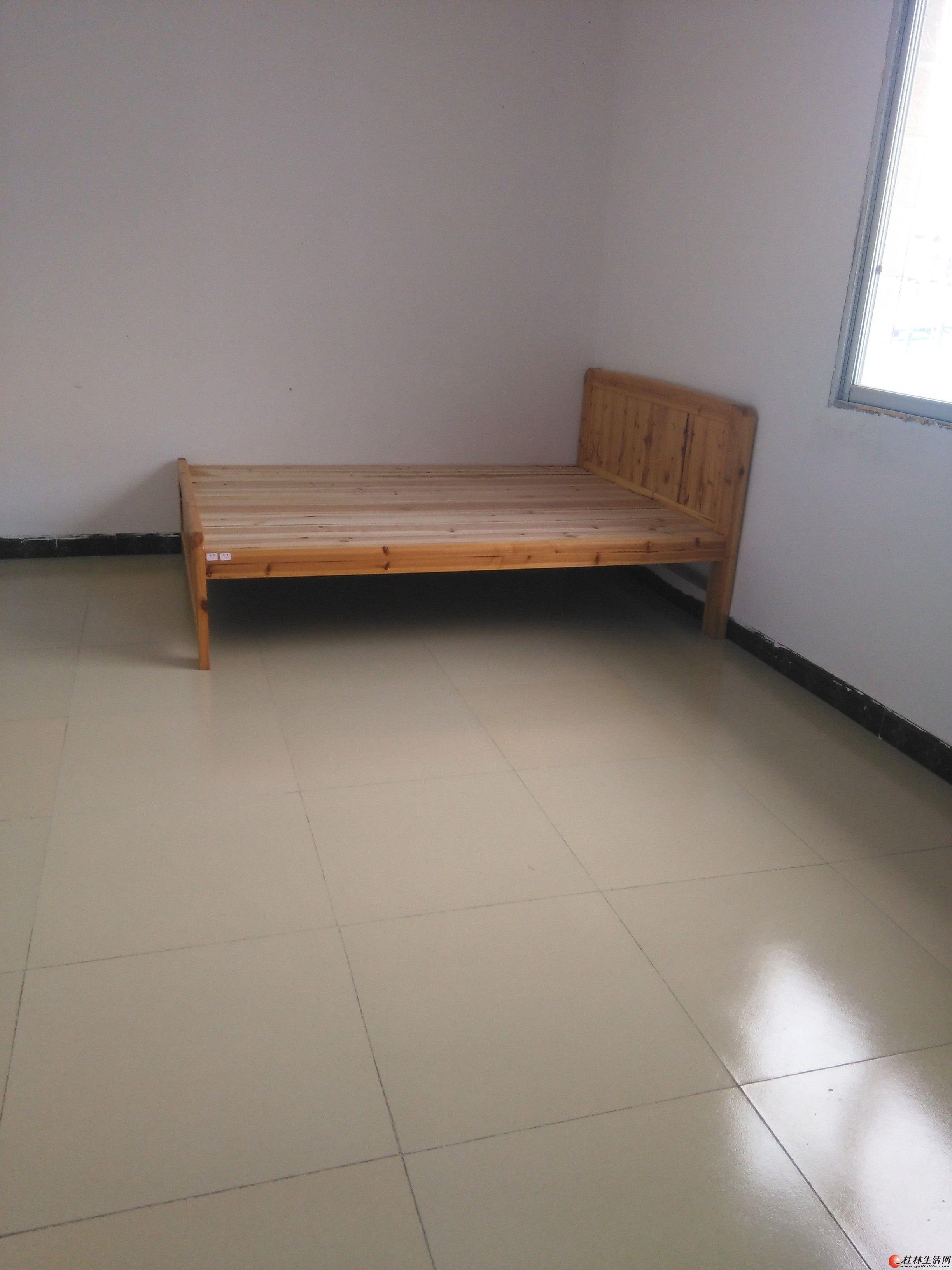 新房.单间配套出租.一房一厅可以长租,短租
