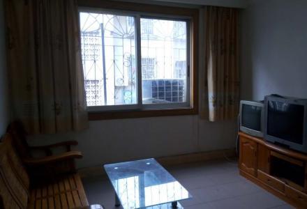 火车始发北站金河小区5楼2房2厅1卫72平方精装修,家具家电齐全。月租金800元