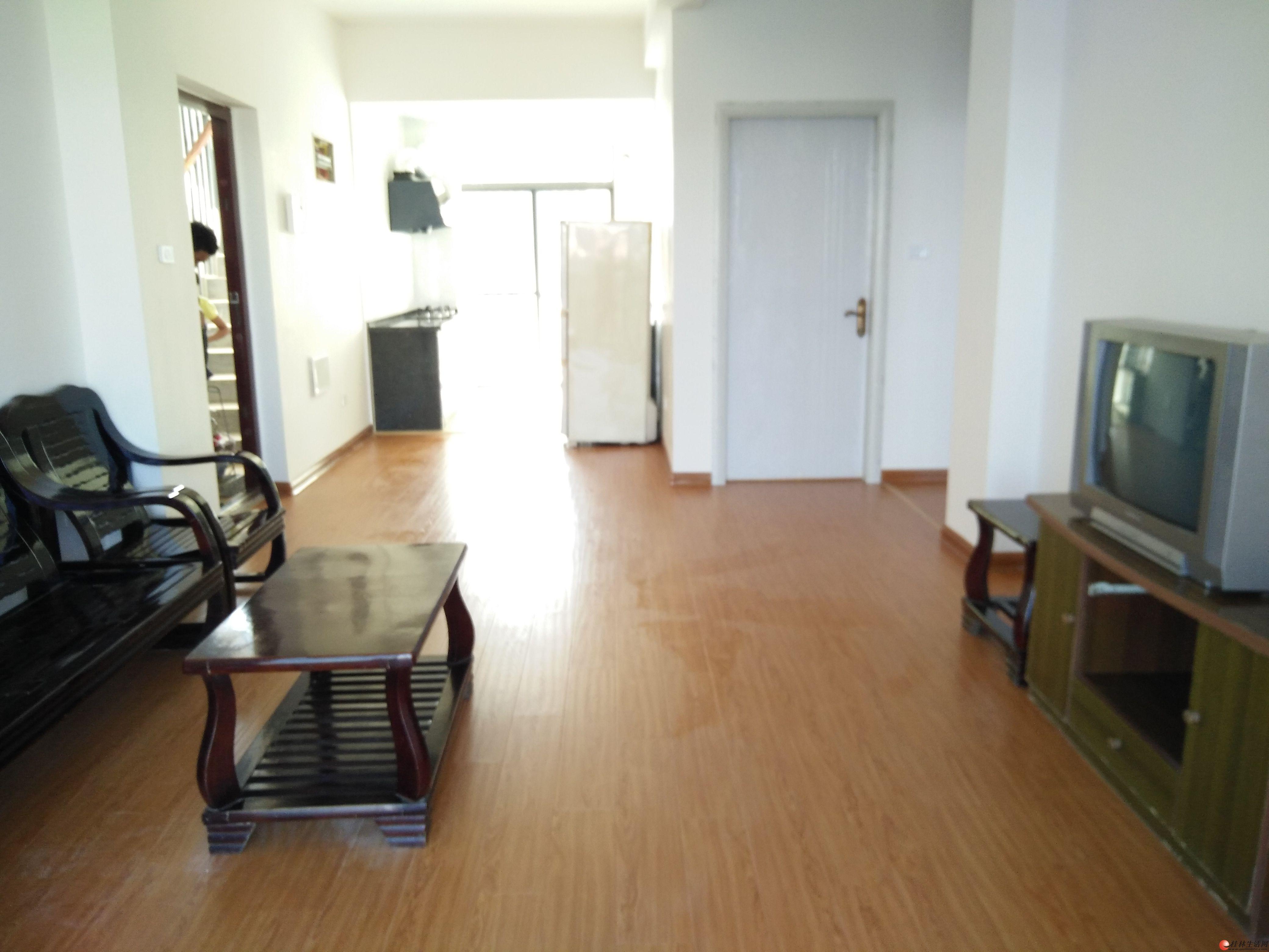 临桂奥林匹克花园三房二厅一卫新房出租