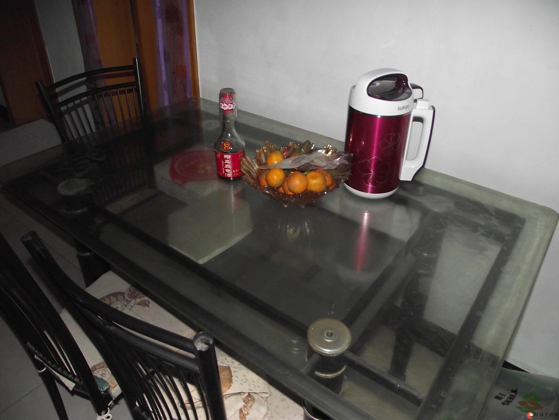 卖!卖!卖!重装修换家具餐桌.双人床500......
