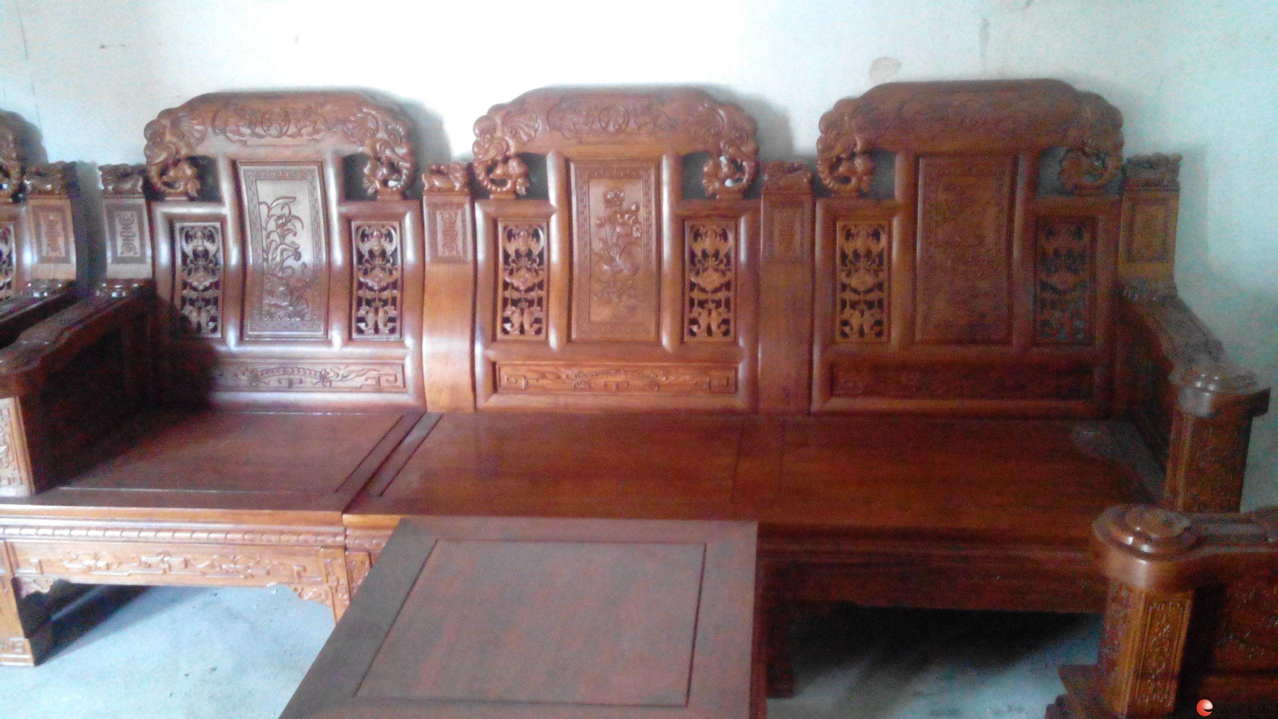 抵押缅甸红木,绝对超值。12件,外加3个大书柜,一个大办公桌