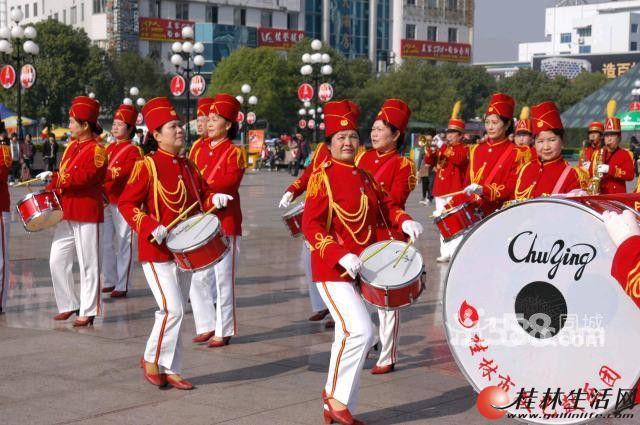万博体育客户端市文艺鼓乐团对外业务承接各种形式庆典仪式: