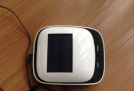 出售豪捷H7(太阳能)汽车空气净化器