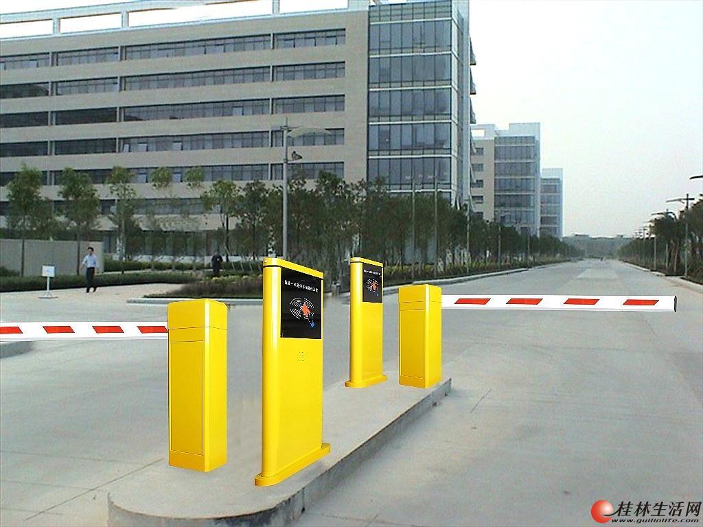 桂林本地出售道闸门,本地售后服务方便、快捷
