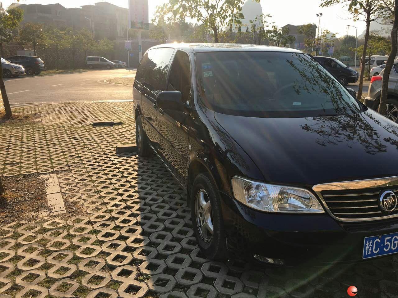 09年别克GL82.5 私车出售