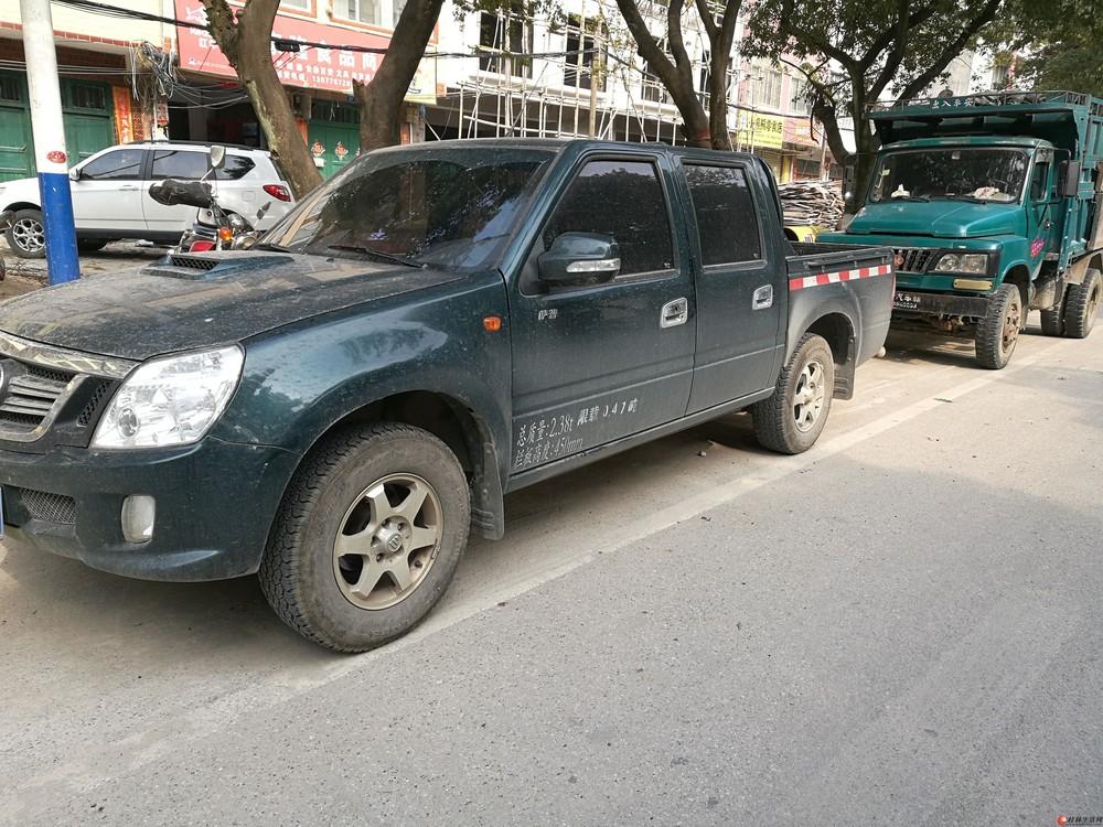 柴油皮卡车  福田萨普V2.8T就开了半年