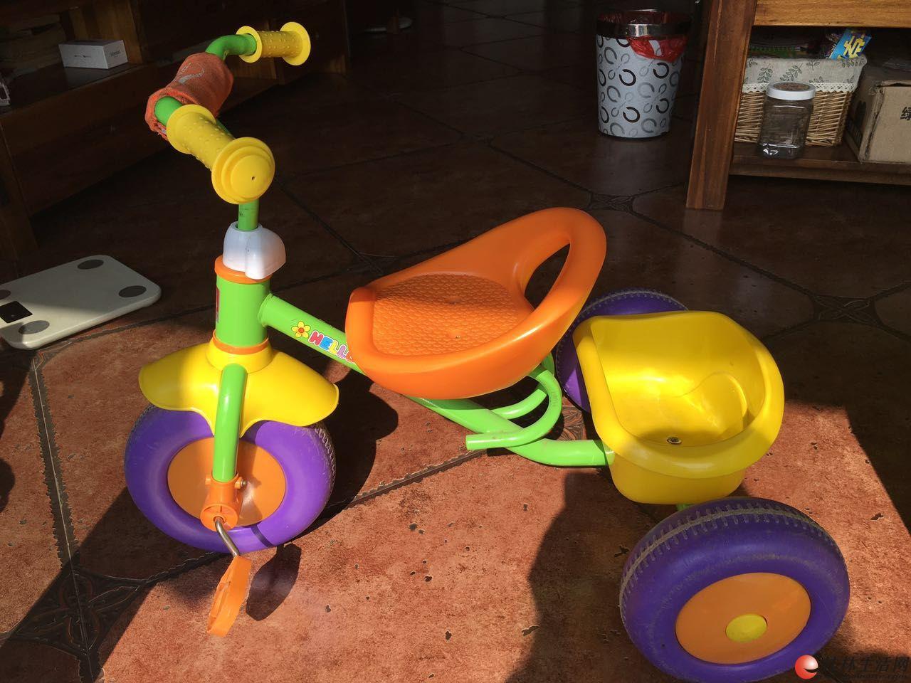 儿童三轮车扭纽车充气跳跳牛