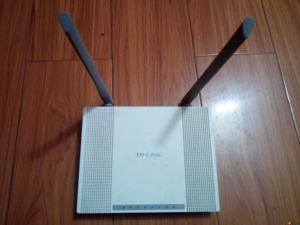 闲置TP-LINK 双天线无线路由器