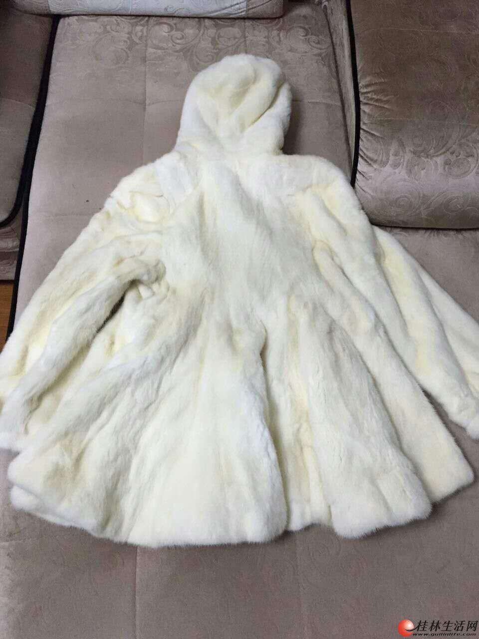 貂皮大衣,便宜出售,