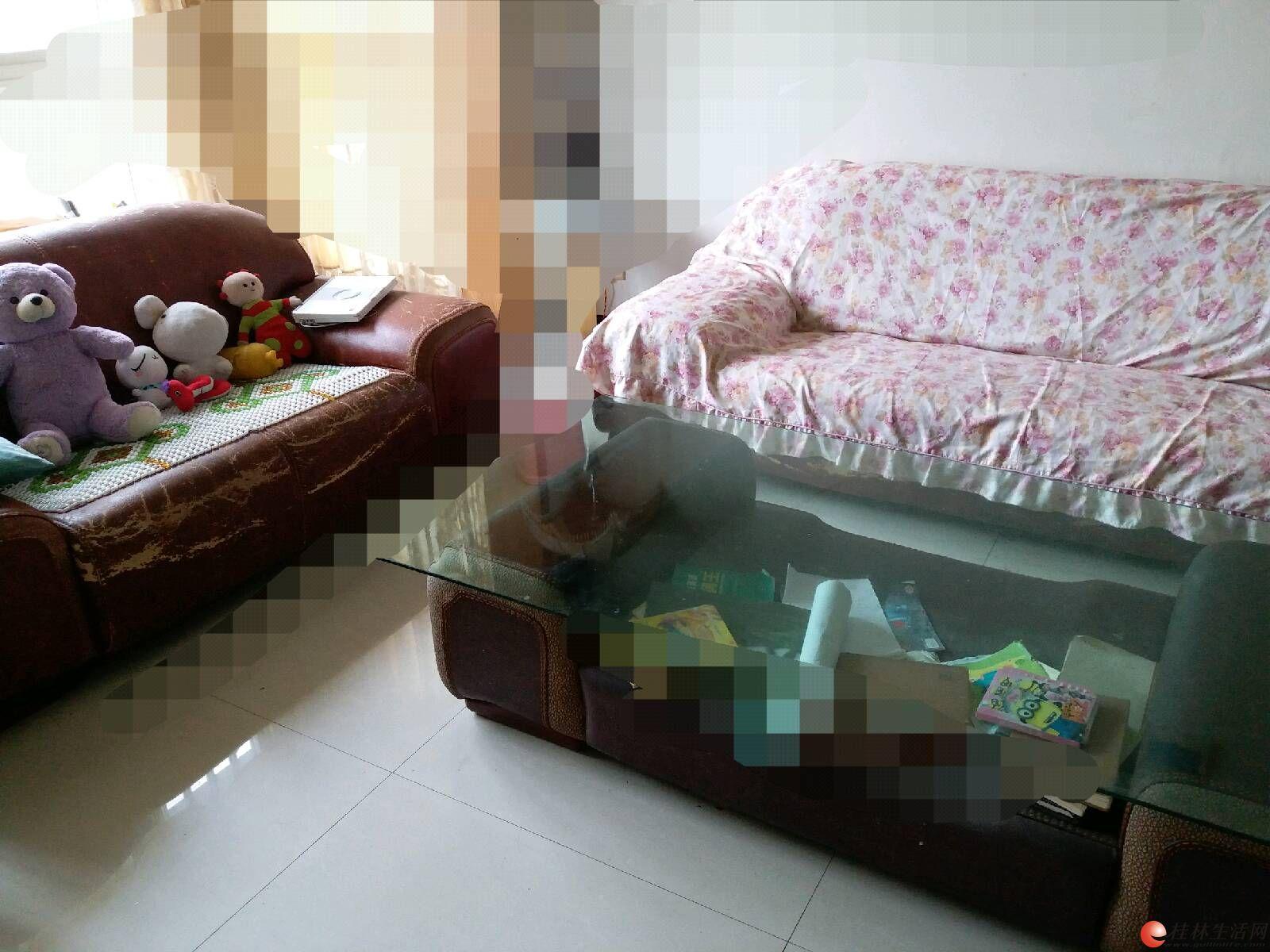 五件套皮尔王子的真皮沙发,出售