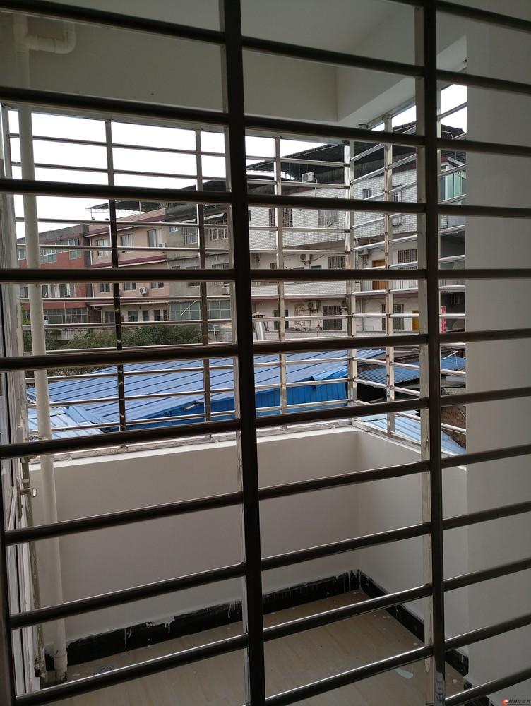 新房出租,单间配套,独立阳台,大房,路边宽带,热水器,独立阳台,大厨卫