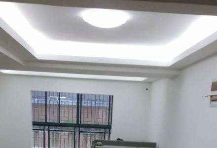 叠彩区抗战路叠彩名门小区简装修复式房屋出租