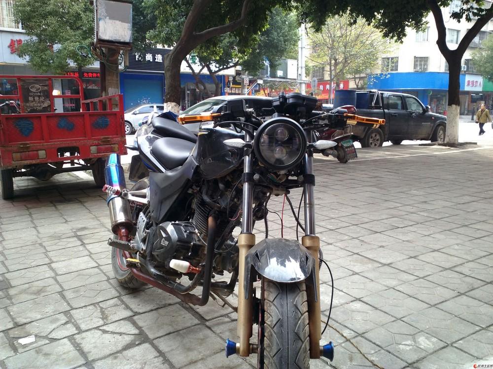 本人有一辆仿街车150摩托车卖了!证件齐全。