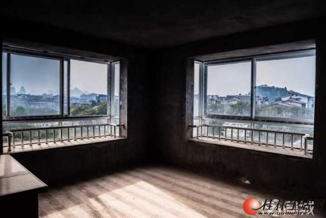 【龙隐学区】施家园【龙隐山庄】清水【江景复式】4房 120万