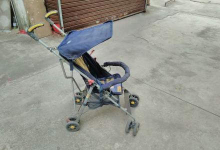 可折叠,可折叠推车!!半卖半送,便宜出售可折叠婴儿用推车