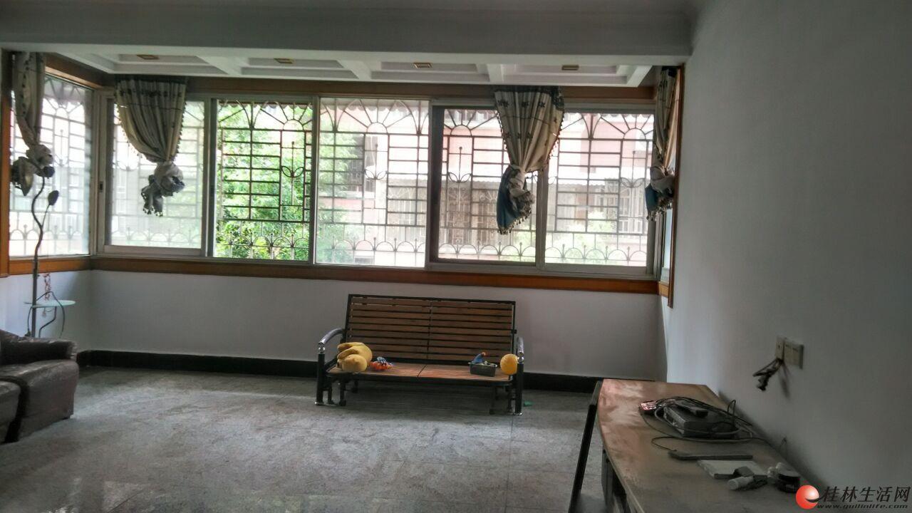 [出租]  多财花园小区 黄金楼层3房2厅1卫 新刮腻子 物管便宜